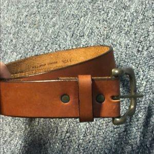 Accessories - Caramel brown cowhide belt